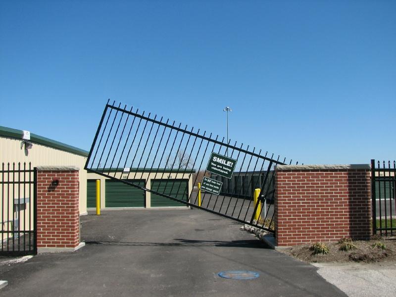 Autogate Vertical Pivot Gate Operator Ldi